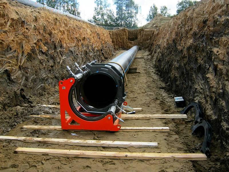Монтаж наружных сетей водопровода и канализации: общие правила, нормативные документы, этапы