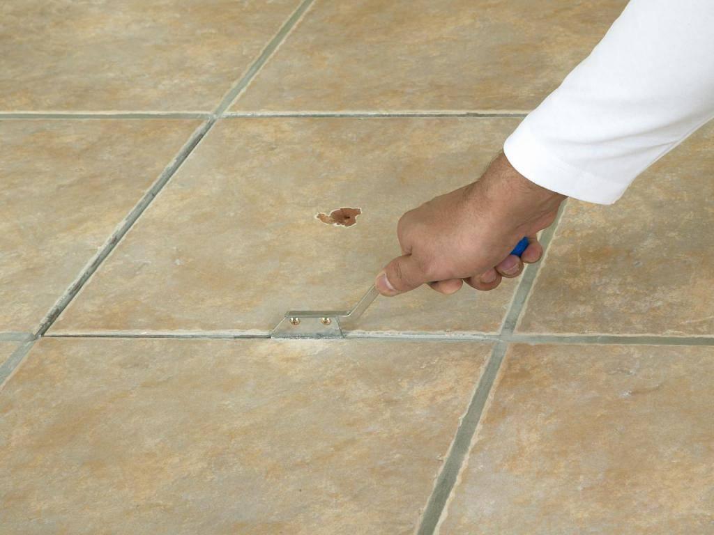 Укладка плитки на пол: как положить по технологии и сколько сохнет