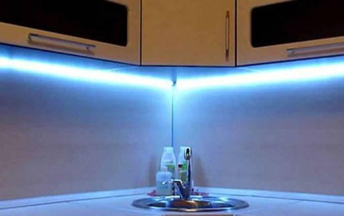 Светодиодная лента для кухни: как выбрать материал для подсветки, как и куда установить своими руками + фото и видео