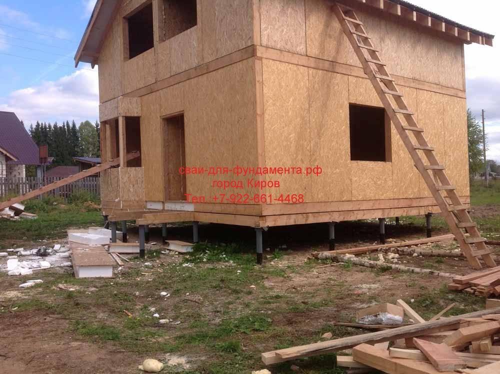 Постройка газобетонного дома на винтовых сваях