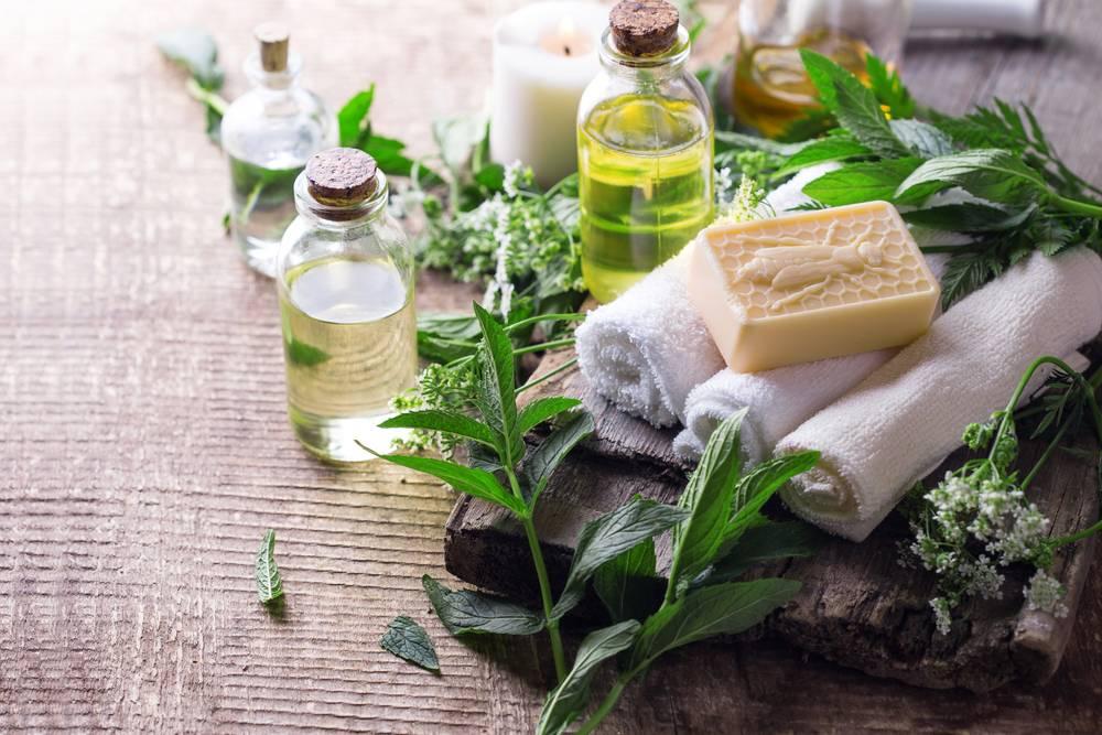 Масло для бани: показания, противопоказания, рецепты