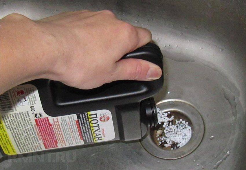 Самостоятельно устраняем засор в кухонной раковине