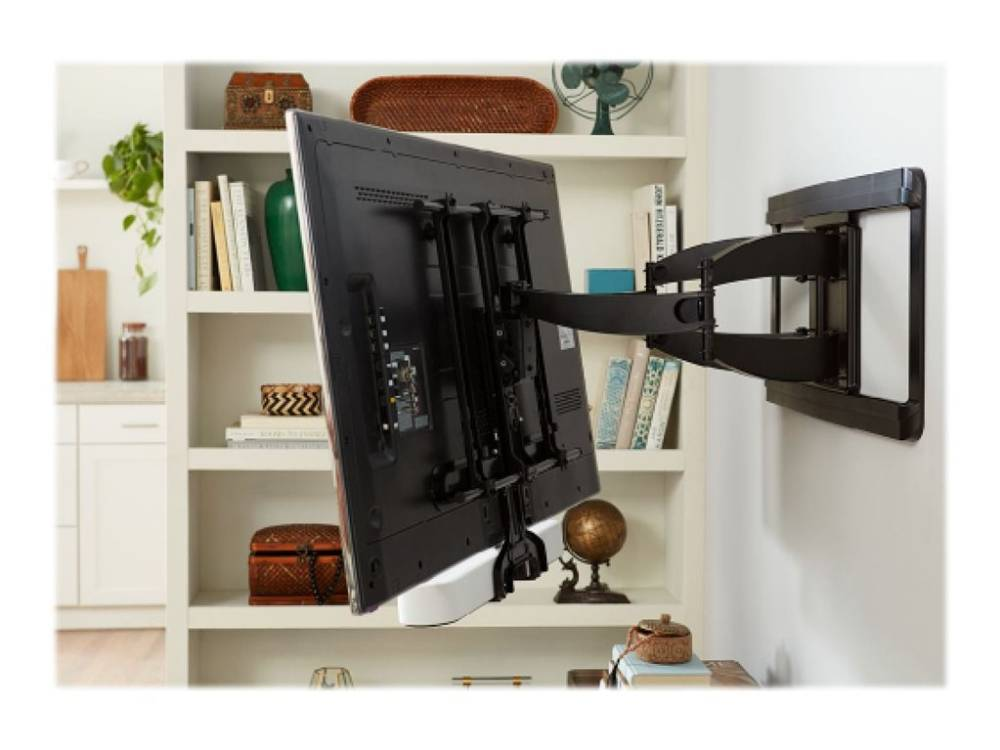 Как повесить телевизор на стену с кронштейном и без него