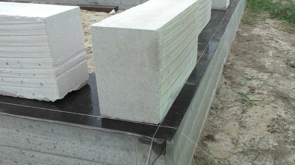 Ширина фундамента для дома из газобетона с облицовкой кирпичом
