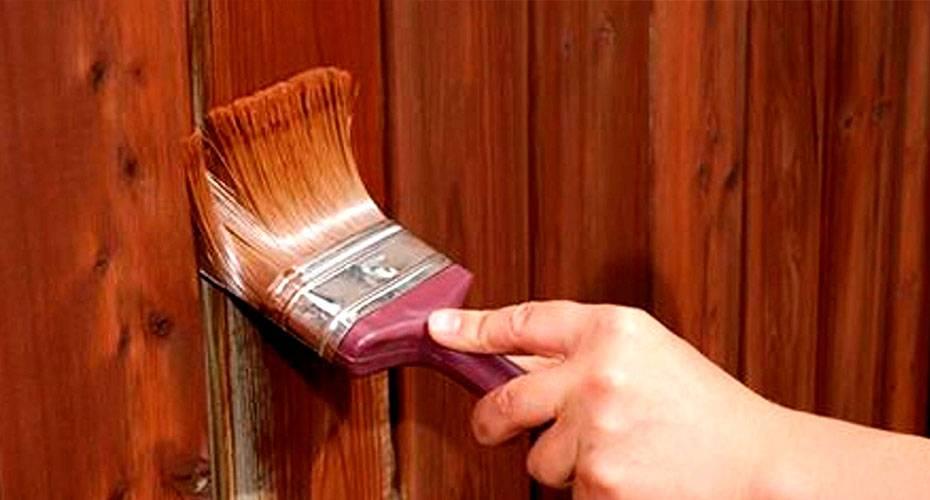 Как покрасить двери по дерево: несколько способов