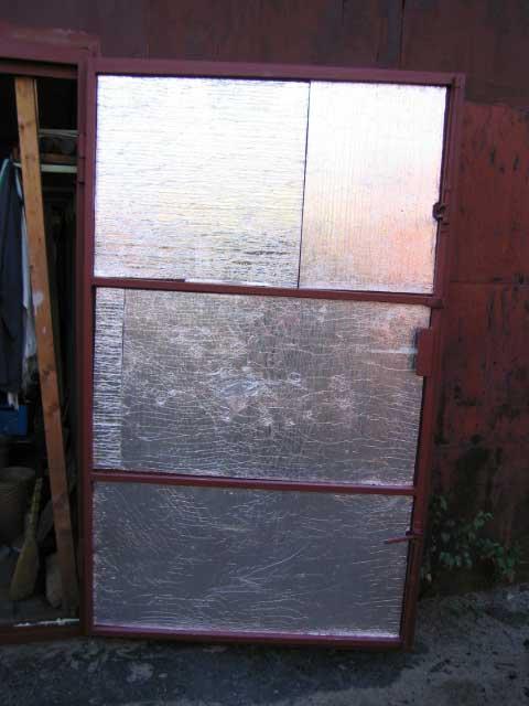 Как утеплить гаражные ворота своими руками?