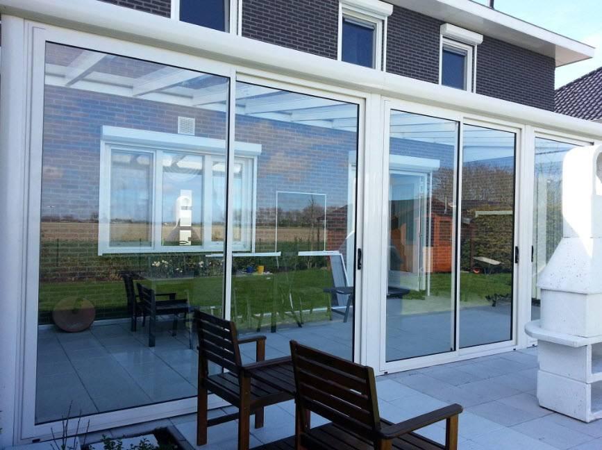 Остекление террасы раздвижными дверями: пластиковыми, стеклянными, панорамными окнами