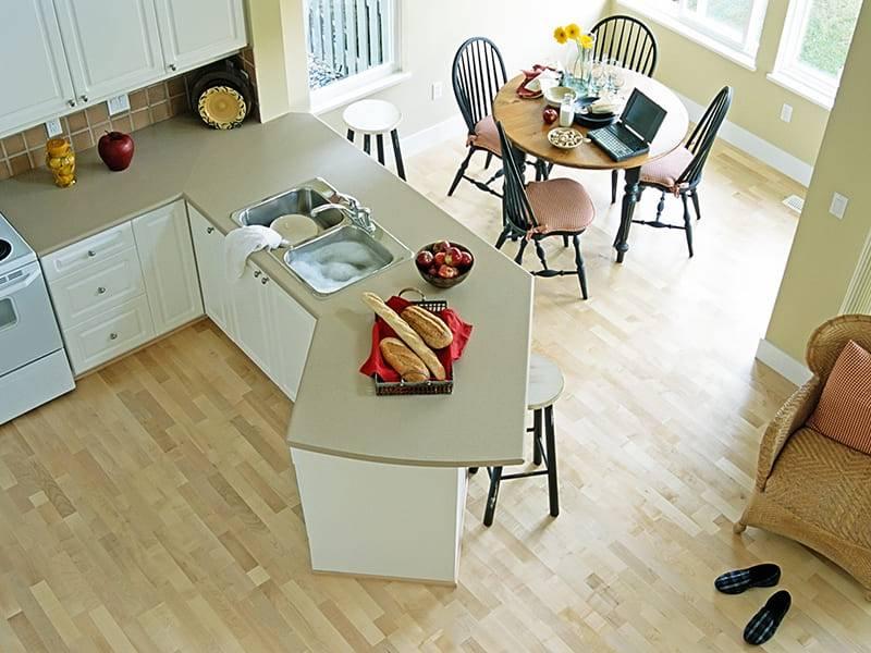 Какой пол лучше сделать на кухне: что лучше постелить, какой пол выбрать, как подобрать, советы и идеи, фото и видео