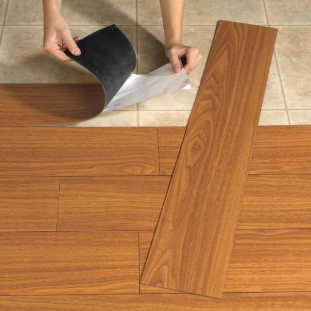 Укладка кварцвиниловой плитки (40 фото): как укладывать кварцвиниловую замковую плитку, технология монтажа на подложку