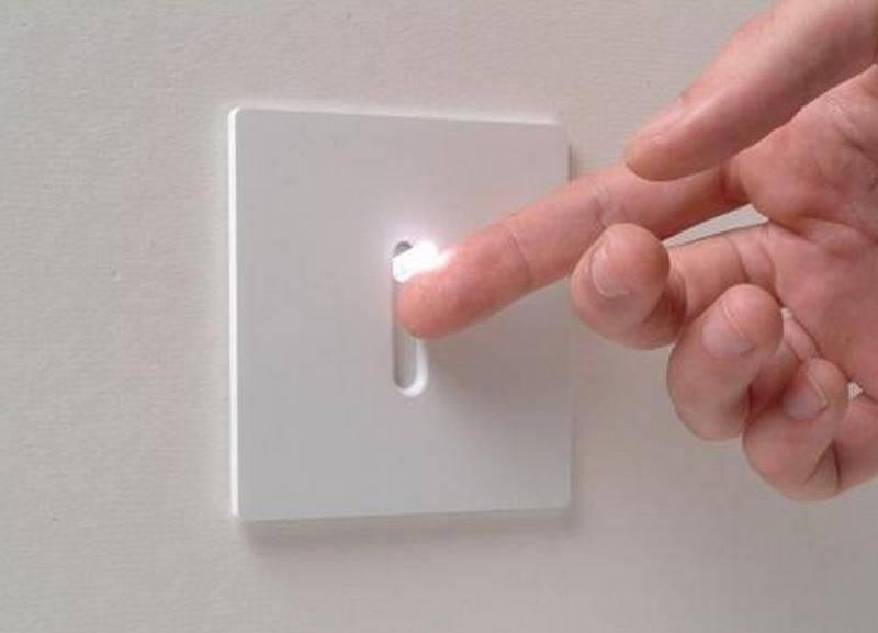 Почему трещит выключатель света – искрит выключатель света при включении: причины и их устранение – forvardplast.ru – декоративная пленка пвх для подоконников
