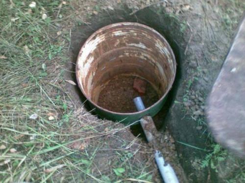 Способы очистки выгребной ямы от ила