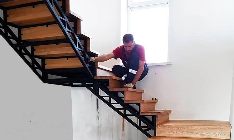 Обшивка металлической лестницы деревом: отделка своими руками на видео