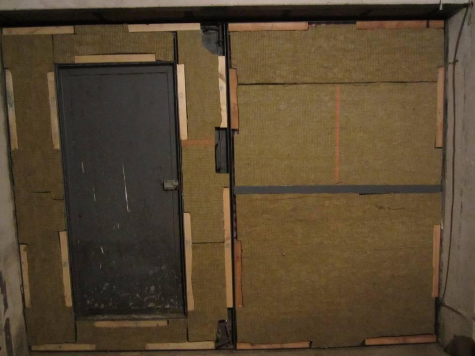 Как утеплить ворота гаража изнутри своими руками: фото, видео, фанерой, пеноплексом и другими материалами