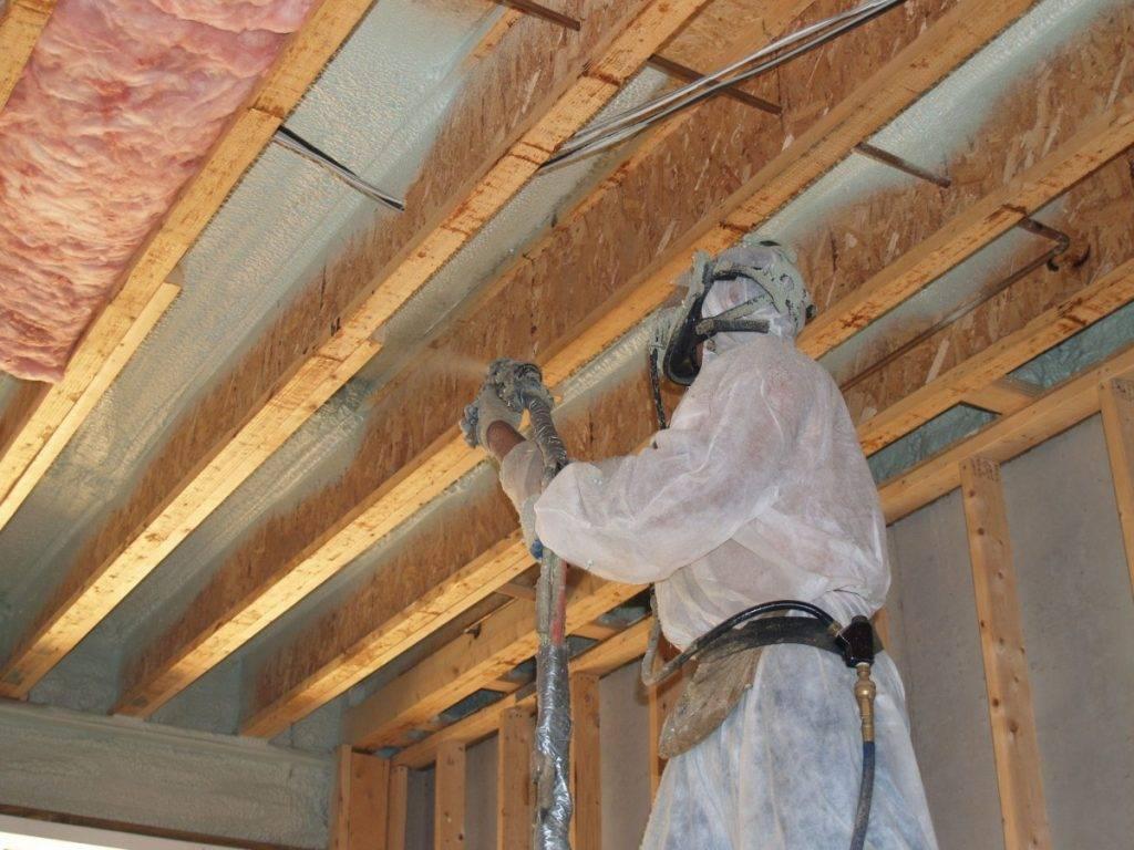Утепление потолка в частном доме: выбор материалов и монтаж своими руками
