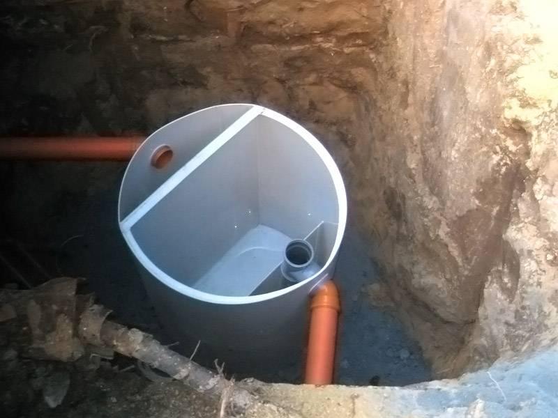 Жироуловитель для канализации из столовой с автоматическим сбором жира