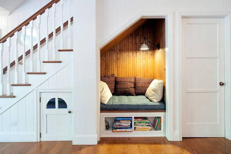 Идеи как использовать пространство под лестницей — 90 фото оригинальных решений и правил оформления в квартире и доме