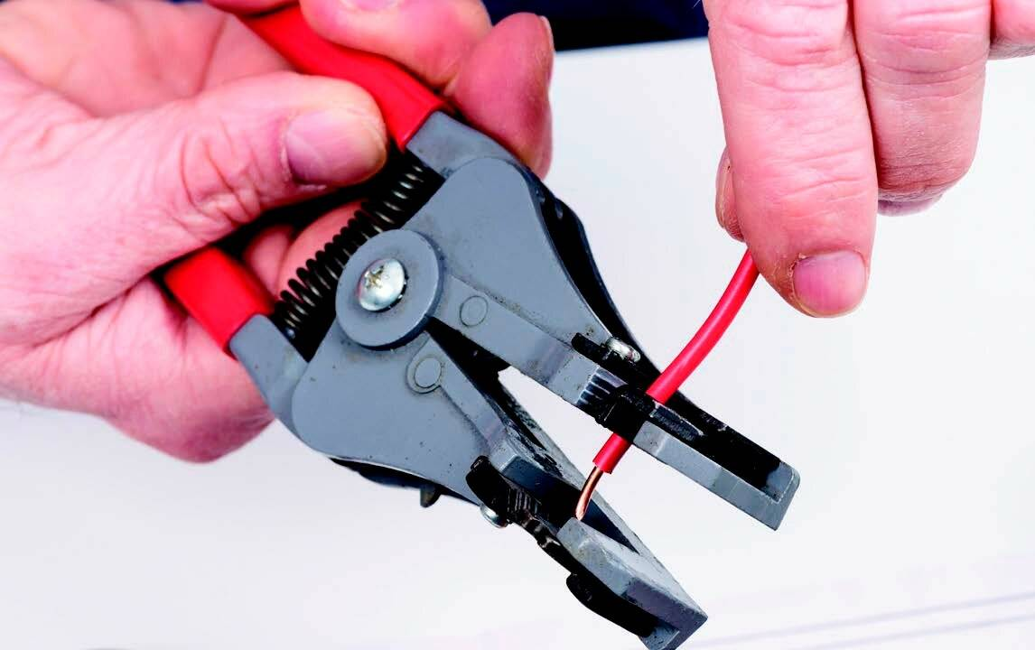 Быстрая зачистка проводов от изоляции: выбор инструмента и секреты профессионалов как быстро зачистить провод своими руками (155 фото)