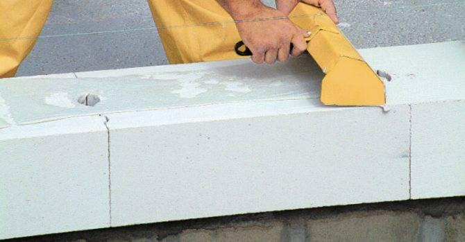Плюсы и минусы дома из газоблоков: стоит ли использовать при строительстве, а также отзывы владельцев таких помещений