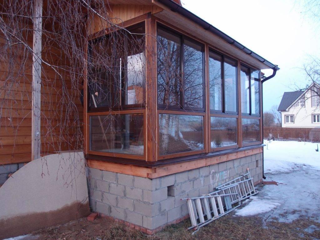 Как застеклить веранду на даче, остекление террасы в деревянном доме, фото