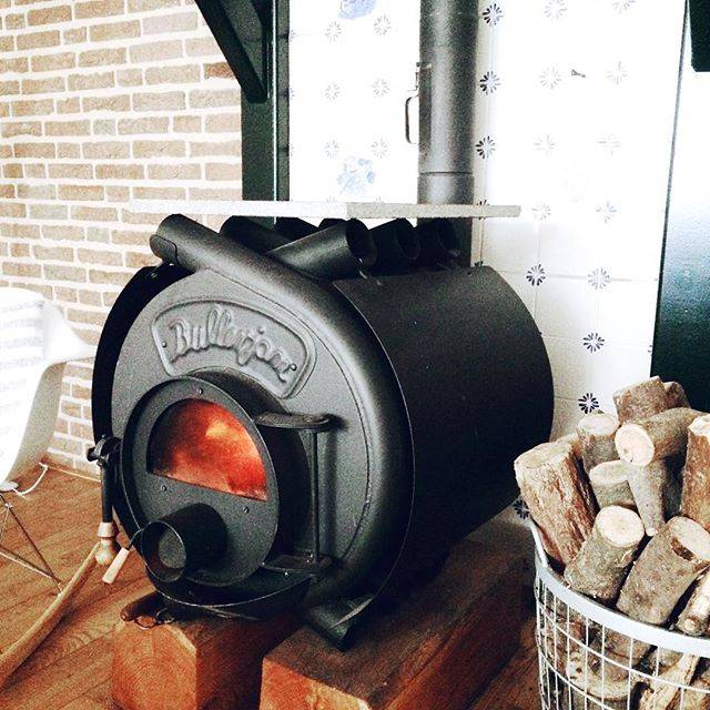 Чугунные печи для дома длительного горения