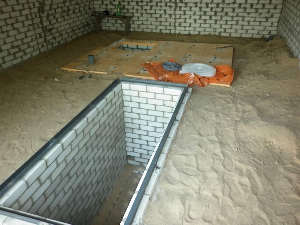 Заливка пола бетоном в гараже: как залить пол правильно, каким, какой маркой, фото и видео