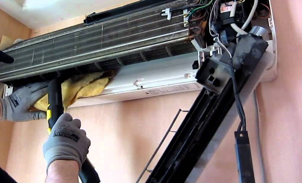 Как почистить кондиционер дома самостоятельно: особенности чистки