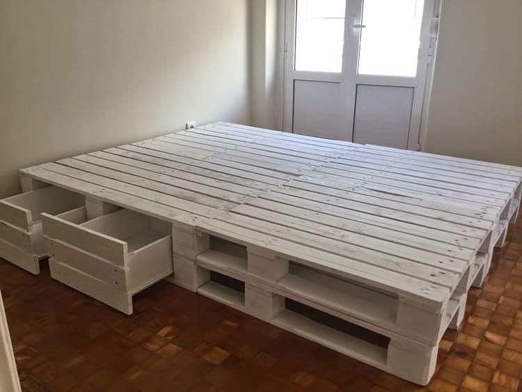 Диван из поддонов: стильная дизайнерская мебель своими руками