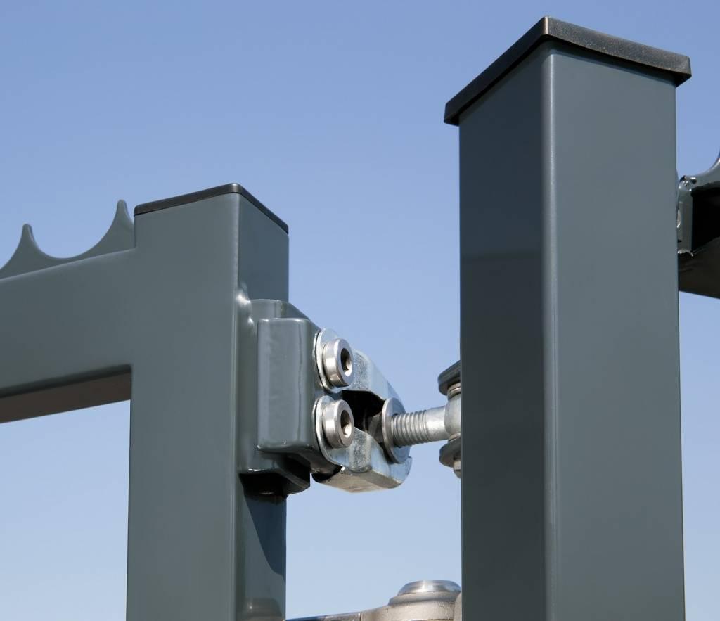 Как правильно крепить профнастил на забор: какими саморезами прикрутить