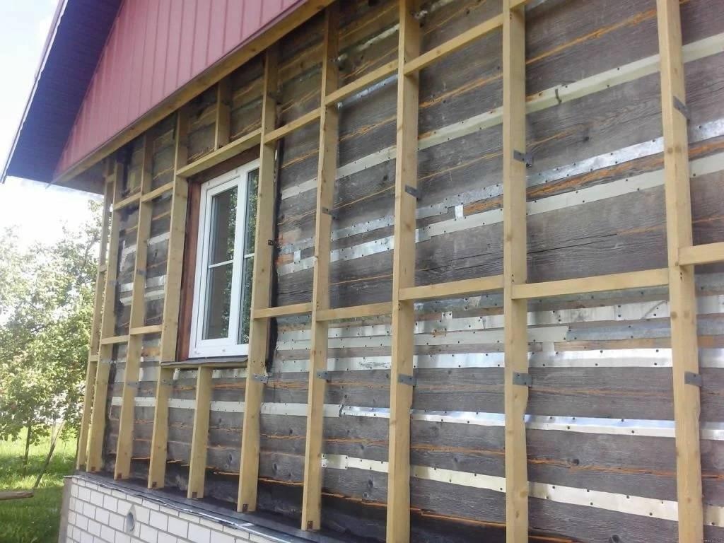 Обшивка сайдингом деревянного дома своими руками пошагово: рекомендации по выполнению отделки