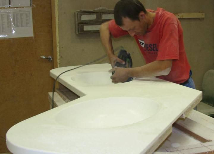 Столешницы из искусственного камня - фото, плюсы и минусы, изготовление своими руками