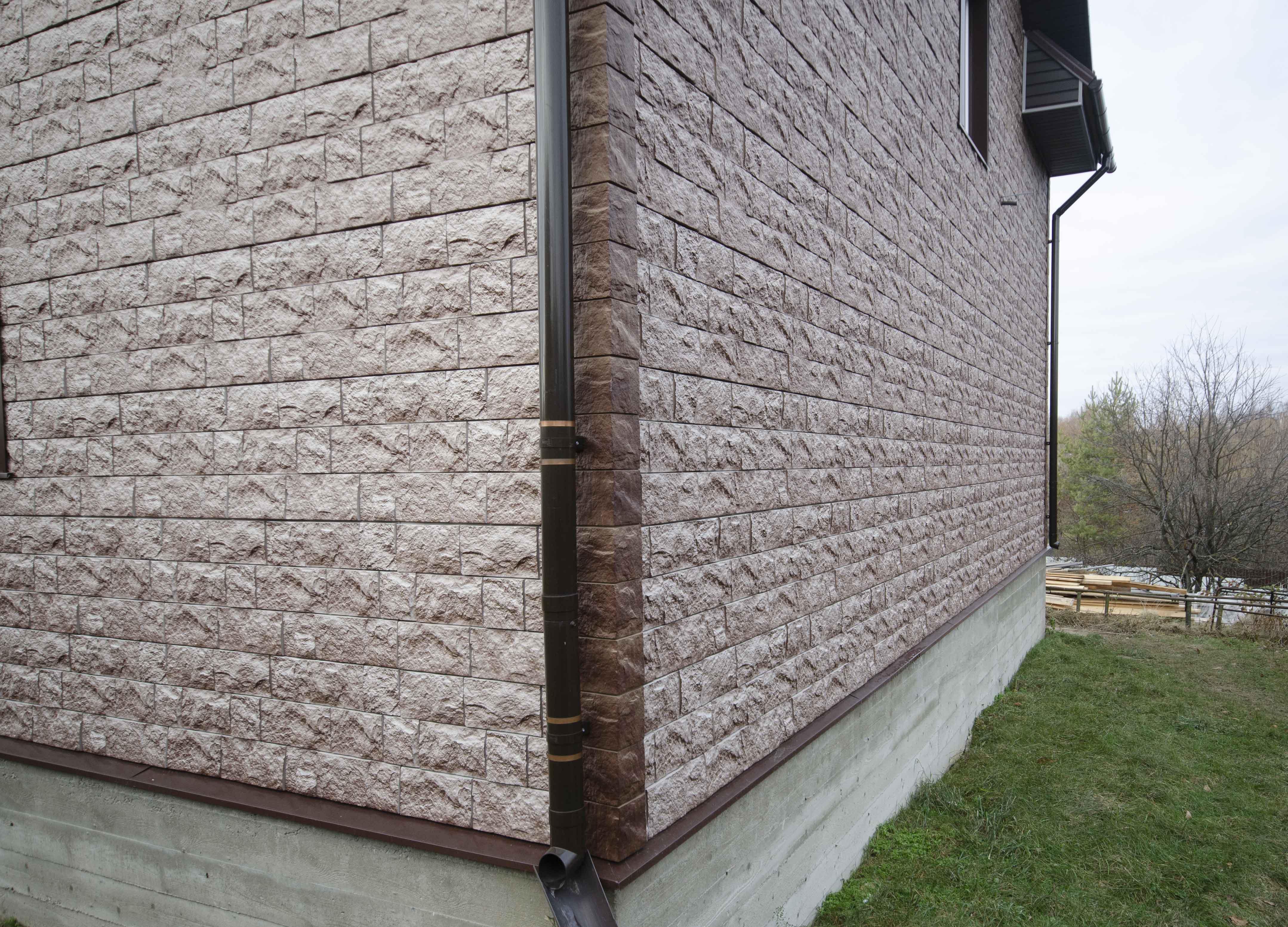 Облицовочные панели под камень для фасада дома