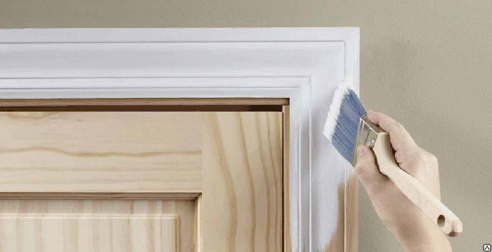 Чем лучше покрасить шпонированную дверь?