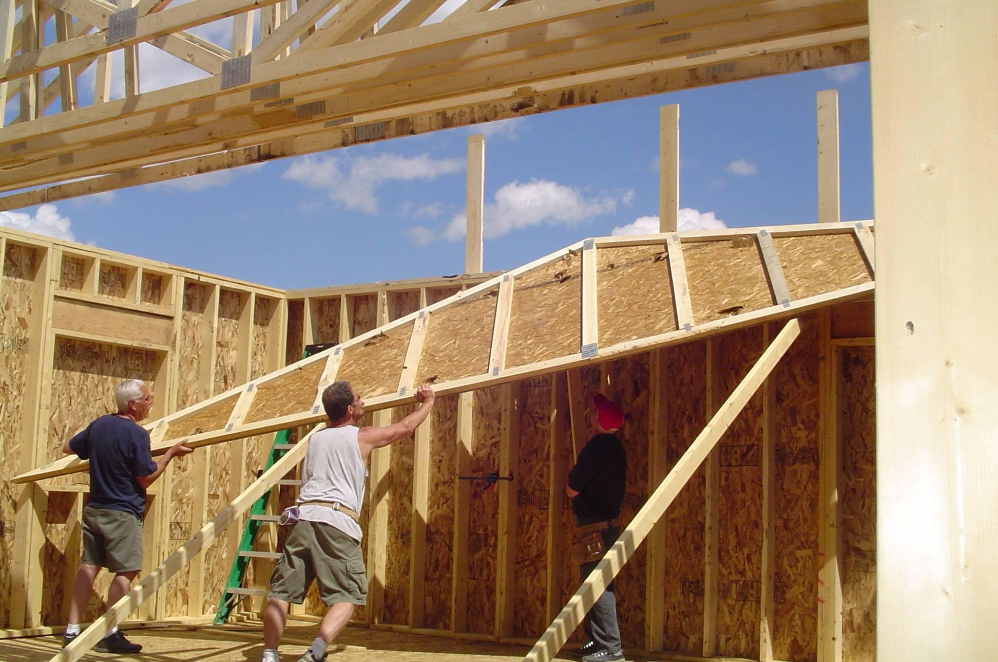 Каркасные дома: преимущества, недостатки и нюансы технологии, проекты, этапы сборки