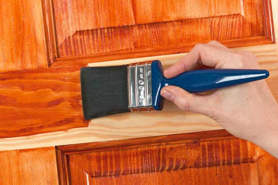 Ремонт и реставрация шпонированных дверей
