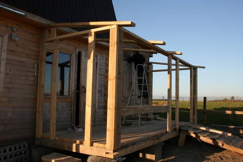Как пристроить веранду к дому: монтаж фундамента, стен и кровли