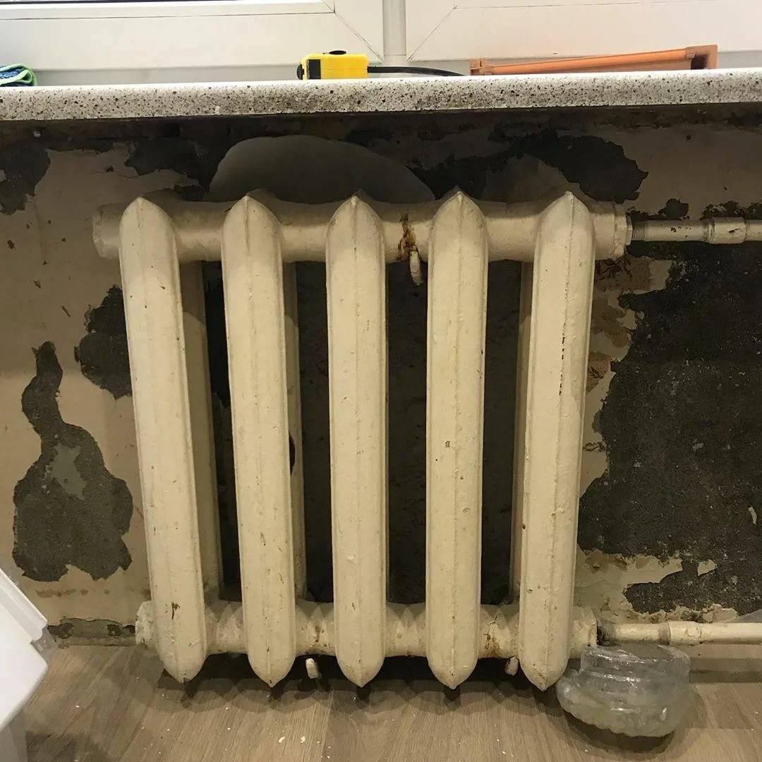 Какой радиатор установить на замену чугунной батареи?