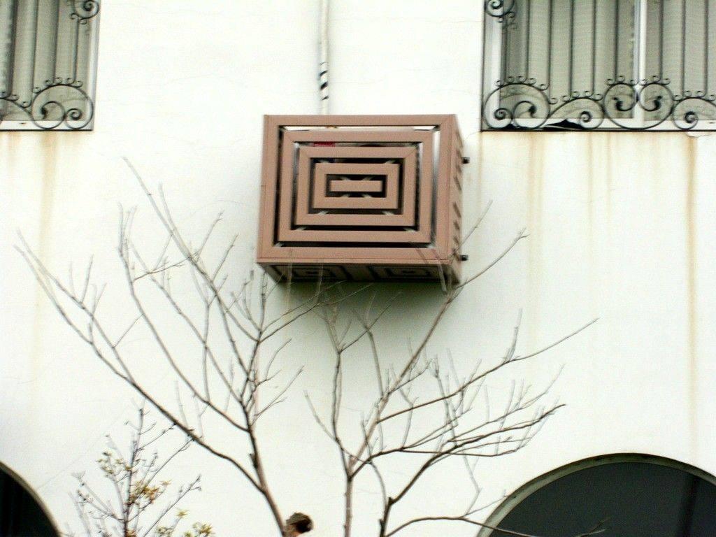Как установить кондиционер и не испортить фасад дома   архитектура и проектирование   архитектурные конкурсы   totalarch