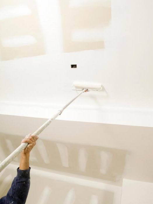 Покраска потолка из гипсокартона водоэмульсионной краской