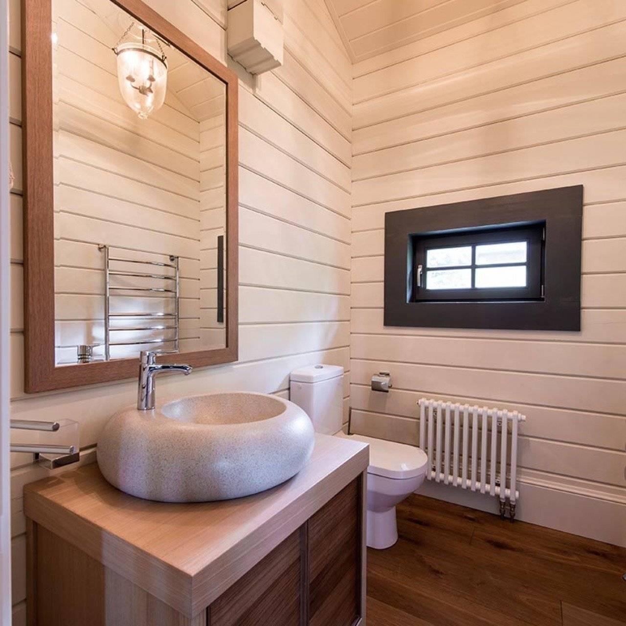 Дизайн ванной в деревянном доме (200+ фото): отделка своими руками (потолок, пол, стены)