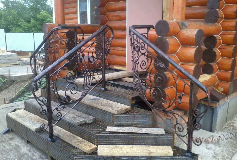 Крыльцо своими руками (63 фото): как сделать для дома самому, разновидности конструкций, как построить фундамент и ступеньки