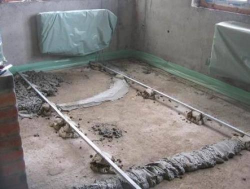 Как сделать бетонный пол в частном доме своими руками - инструкция