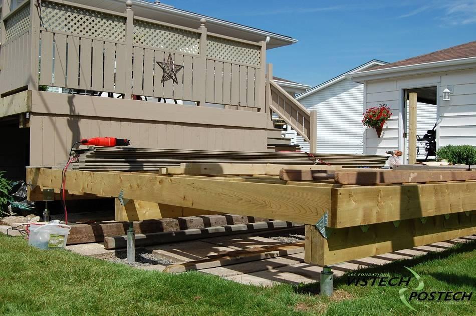 Как пристроить к дому террасу на свайном фундаменте