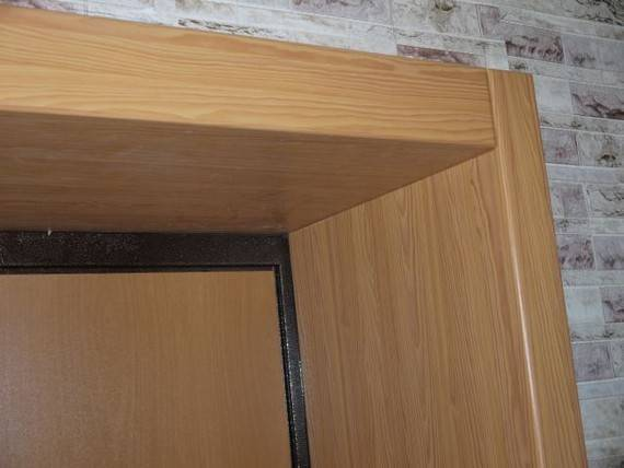 Откосы для входной двери: какой материал выбрать, технология формирования