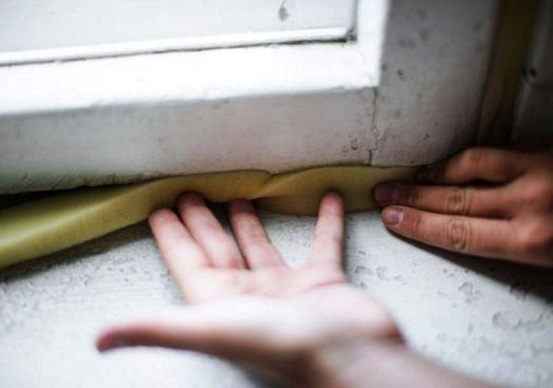 Как правильно утеплять окна