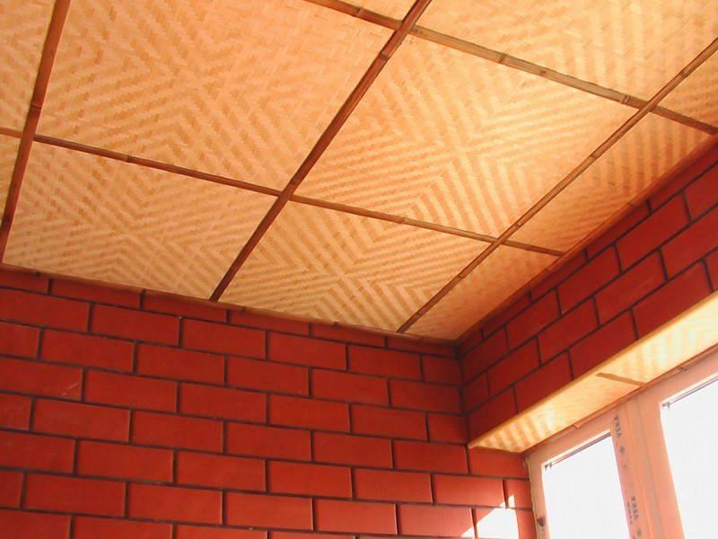 Как сделать потолок в комнате своими руками: примеры того, как можно выполнить натяжной или пластиковый недорого и красиво, фото лучших вариантов