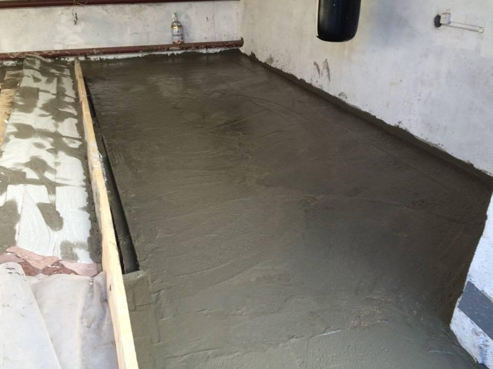 Как правильно залить пол в гараже бетоном?