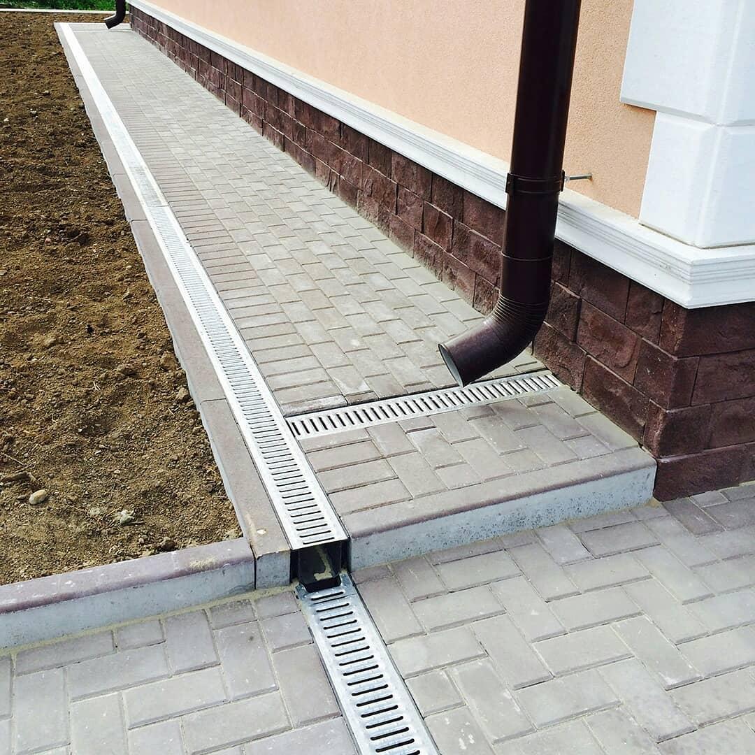 Монтаж водостоков для крыши цена за работу в москве