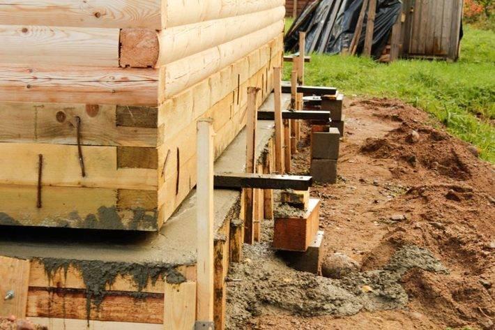 Как поднять сруб домкратом, зачем поднимать деревянный дом, как поднять дом для ремонта