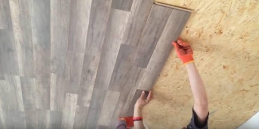 Отделка потолка ламинатом: укладка, крепление, декор