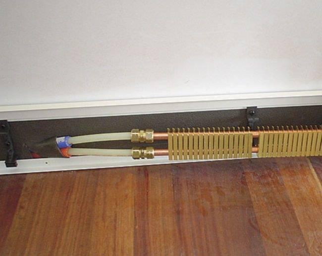 Плинтусное водяное отопление - система отопления